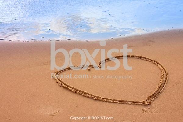Beach Big Love Heart