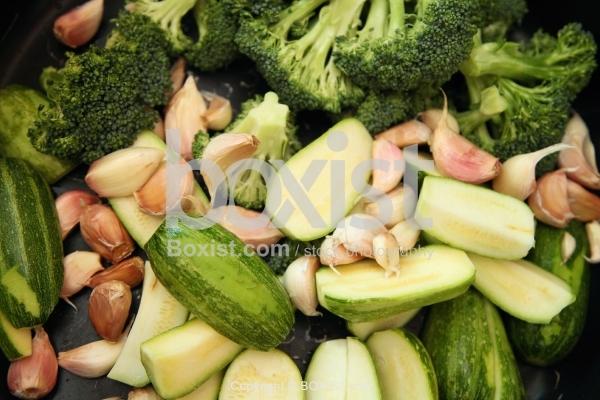 Zucchini With Broccoli And Garlic