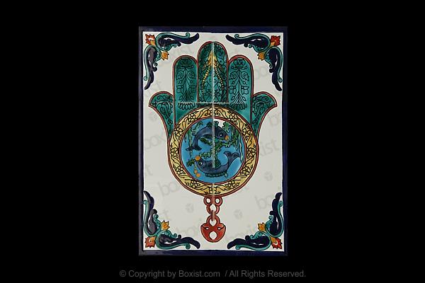 Monalisa Portrait On Distressed Grunge Wall