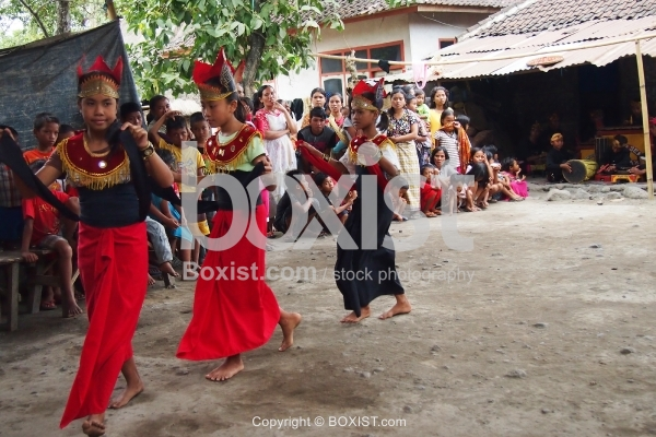 Young Indonesian Girls Perform Traditional Dancing